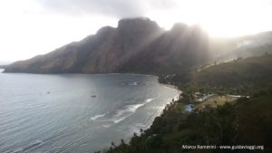 Il villaggio di Yalobi, Waya, Yasawa, Figi. Autore e copyright Marco Ramerini