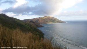 La costa a sud di Yalobi e l'isola di Wayasewa, Waya, Yasawa, Figi. Autore e copyright Marco Ramerini