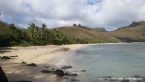 La spiaggia dell'Octopus Resort, Waya, Isole Yasawa, Figi. Autore e Copyright Marco Ramerini.