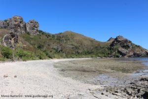 La spiaggia selvaggia sul lato occidentale, Kuata, Isole Yasawa, Figi. Autore e Copyright Marco Ramerini