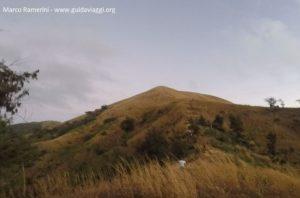 Monte Tamasua, Nabukeru, Yasawa, Figi. Autore e copyright Marco Ramerini