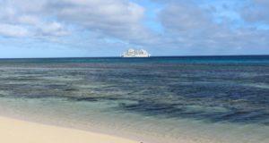 Reef Endevour, Captain Cook Cruises, Figi. Autore e Copyright Marco Ramerini